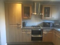 Used kitchen & integrated appliances