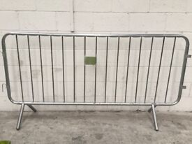 15 No. Ex-Hire 2.3 mtr Crowd Control Barriers
