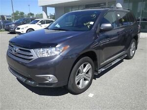 2013 Toyota Highlander AWD-Auto-AIR-Leather-Sunroof