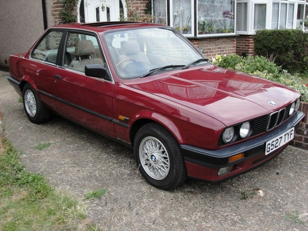bmw e30 320i coupe two owners full service history in. Black Bedroom Furniture Sets. Home Design Ideas