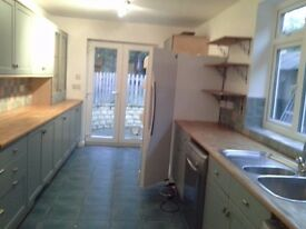 A spacious 4 bedroom terrace house in Marsh Baldon, Oxford