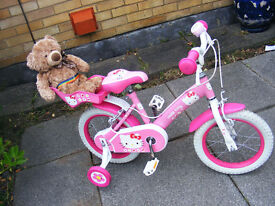 """GIRLS HELLO KITTY 14"""" WHEEL BIKE WITH STABILISERS IN GREAT WORKING ORDER AGE 4-6"""