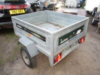 DAXARA 137 TILTBED / DROPTAIL (450KG) GOODS TRAILER WITH COVER.....