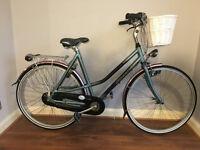 Ladies Dutch bike Gazelle with basket