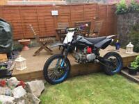Welsh Pitbike 160 Twin