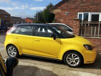 MG3 FORM SPORT HELLO YELLOW WITH BLACK ROOF 1'5 VTI tech..