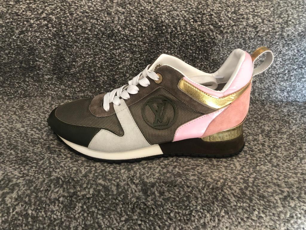 ed39d3e402c8 Women s Girls Louis Vuitton LV Runners Shoes Trainers size 5