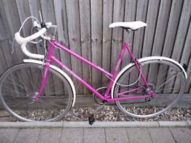 Lovely classic ladies Peugeot Road bike. Rare 57cm frame, Upgraded wheels, Many New parts, 6speeds