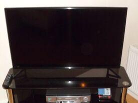"""Samsung 40"""" Smart 4K LED TV"""