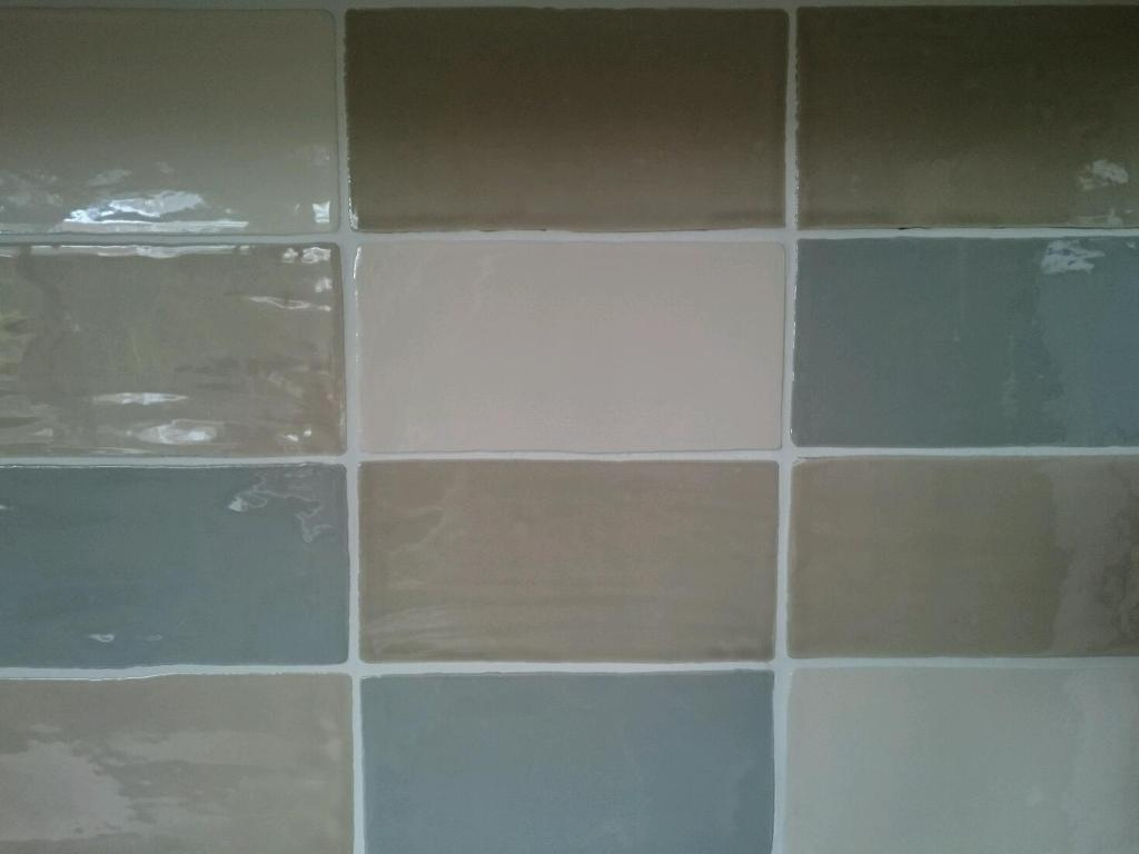 Wickes Kitchen Flooring Wickes Cotswold Kitchen Wall Tiles In Kempston Bedfordshire