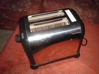 Morphy Richards toaster 2 slice - model 44097