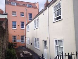 Desk space / shared office, spacious, quiet, all inclusive rent, high speed broadband, Old Market