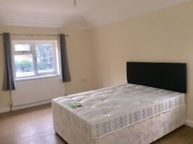 Newly Refurbished House with an ensuite Double Room Available