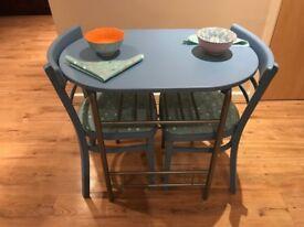 Small table & 2 chaur set
