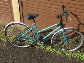 Raleigh Pioneer Cameo Ladies Town bike. Serviced, Free D-Lock, Lights & Local delivery. Waranty