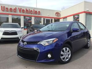 2016 Toyota Corolla SPORT- ONLY 2,000KMS / FORMER