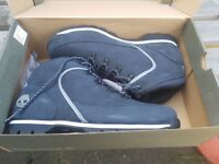 Timberland new blue 9.5 boots