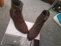 Ellie Goulding Boots New