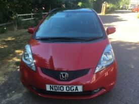2010 Honda Jazz 1339 EX Model. Low mileage. Maintained with Honda dealer.