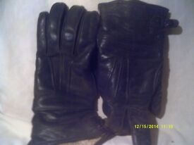 REAL LEATHER GAUNTLETS , ARE YOU A LADY SCOOTER or M/ CYCLE RIDER , THESE MAY SUIT YOU