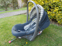Nania car seat/baby carrier