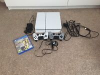 Hi, I'm selling my ps4 with 1 game and 2 controllers