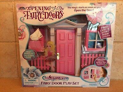 Opening Fairy Doors Luna play set PINK