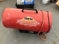 Clarke devil 1850 space heater