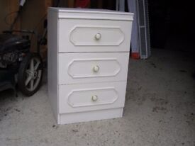 Bedside Cabinet - 3 Drawers, off White