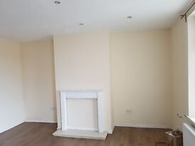 2 Bed House TO LET Wyke BD12