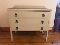 Cream retro 3 drawer chest of drawers