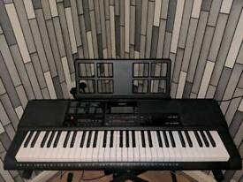 CASIO CT-X700 keyboard with stand