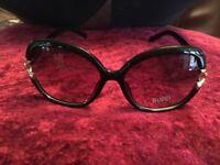 Ladies Gucci sunglasses