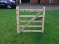 Timber field gate 4ft 5 bar planed finish