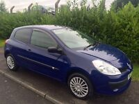 2008 Renault Clio ideal for first time driver!