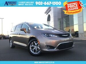 2018 Chrysler Pacifica HEATED LEATHER, PANO SUNROOF, DUAL CLIMAT