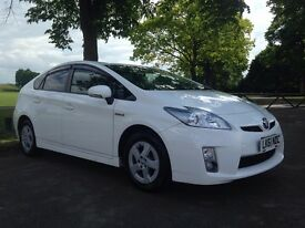 Toyota Prius 2011 Like NEW 1 Year MOT 40K Mileage SAT NAV Reverse Camera HPI Clear - P/x welcome