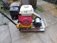 WACKER PLATE (HS60) 5.5hp PETROL ENGINE COMPACTOR PLATE. LIFAN PETROL ENGINE
