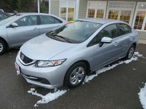 2015 Honda Civic LX HEATED SEATS, LOW KMS!!