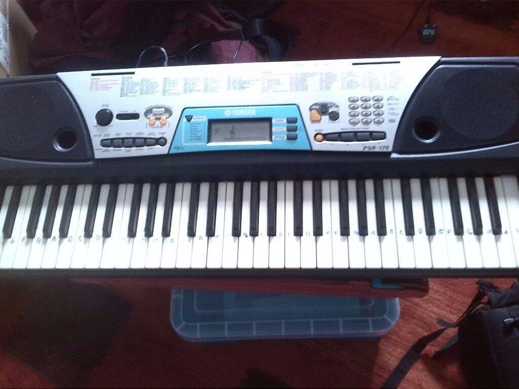 Yamaha Electric Keyboard~ PSR 170 ~ good working order.