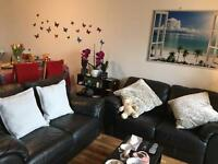 Two bedroom, two bathroom 8th Floor apartment in the popular Quadrangle, just off Oxford Rd