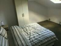 BIG DOUBLE ROOM IN NICE HOUSE SHARE, ALL BILLS & CLEANER INCLUDED, 20min CITY CENTRE, HOSPITALS, UNI