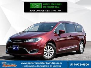 2017 Chrysler Pacifica Touring-L ***NAV, leather***