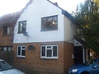 LARGE 2 BED FLAT - THAMESMEAD - NO DSS or AGENTS