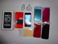 iPhone 5s 16GB Space Grey FACTORY Unlocked COMES WITH EXTRAS SIM FREE