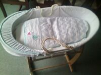 lovely moses basket with stand, can deliver if needed