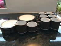 Hornsea pottery vintage 1970's coffee set. Very good condition. Brown with black rim. Classic.