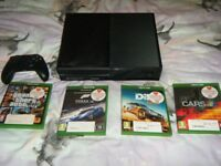 Microsoft Xbox One 500 GB Black Console model 1540 c/w 4 games