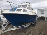 Icelander 18 fishing boat
