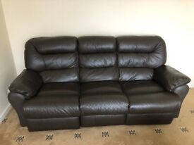 3 seater Brown genuine Leather Electric recliner sofa, excellent condition